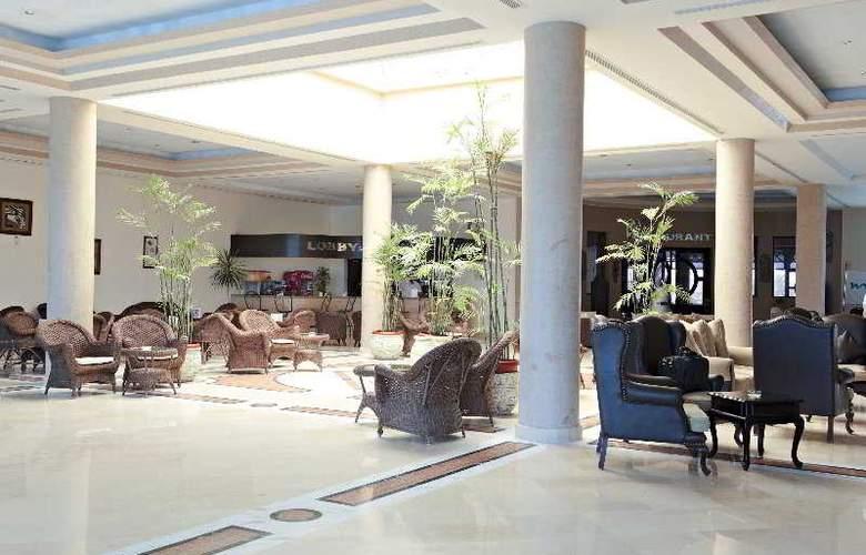 Three Corners Sea Beach Resort - Hotel - 0