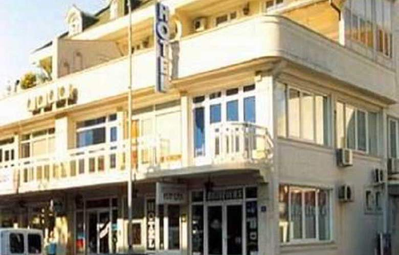 Bojatours Lux Podgorica - Hotel - 0