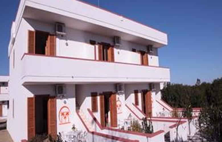 Tre Palme - Hotel - 0