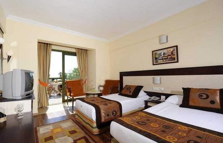 Incekum Beach Resort - Room - 6