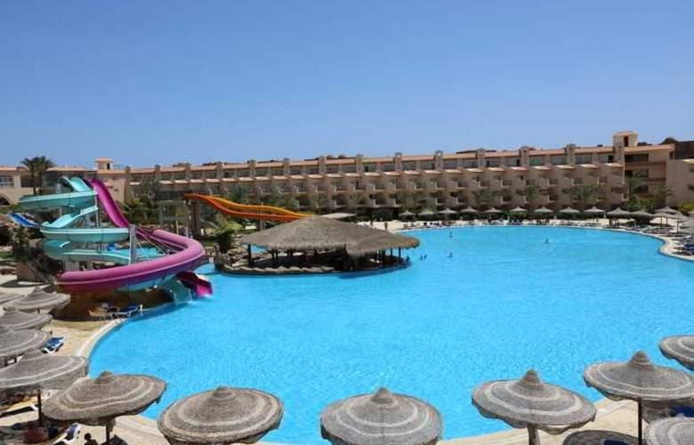 Dessole Pyramisa Beach Resort y Sahl Hasheesh - Pool - 10