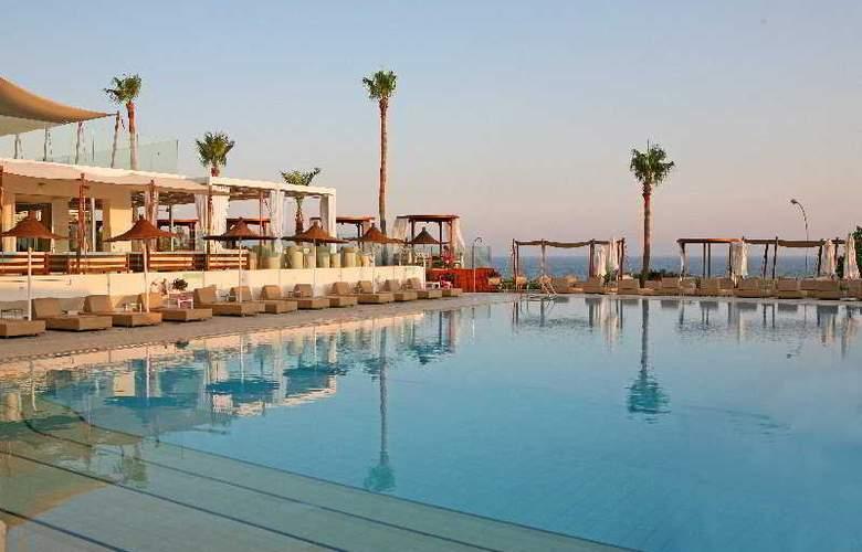 Napa Mermaid Hotel & Suites - Pool - 6