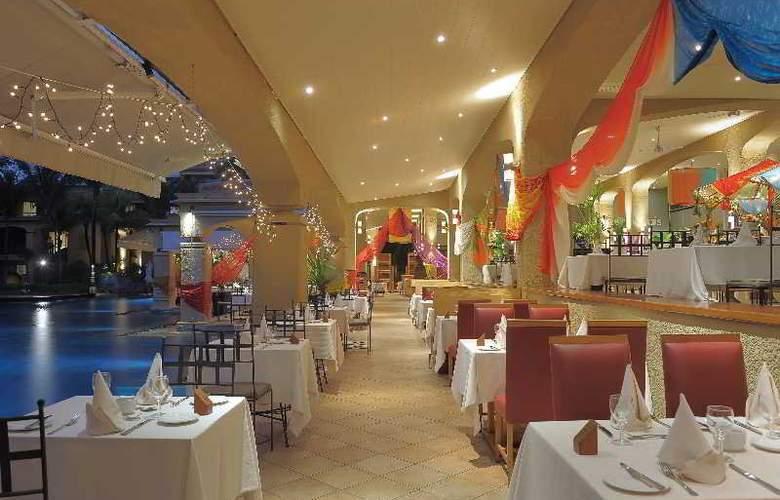 Mauricia Beachcomber Resort & Spa - Restaurant - 36