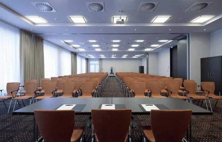 Intercity Berlin-Brandenburg Airport - Conference - 6