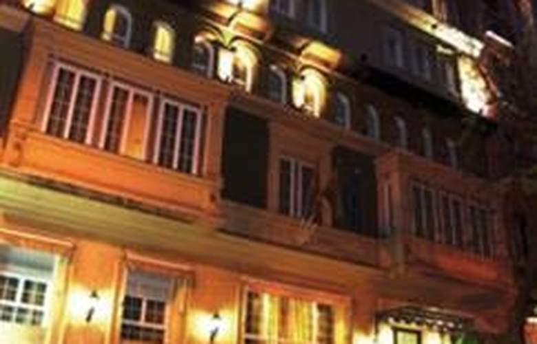 Suites Barrio de Salamanca - Hotel - 0