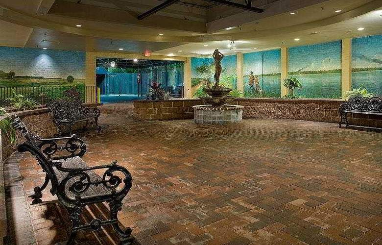 Maison St Charles Quality Inn and Suites - General - 3