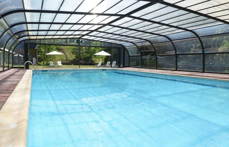 Tuca Hotel - Pool - 2
