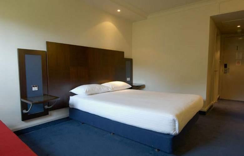 Britannia Edinburgh - Room - 8