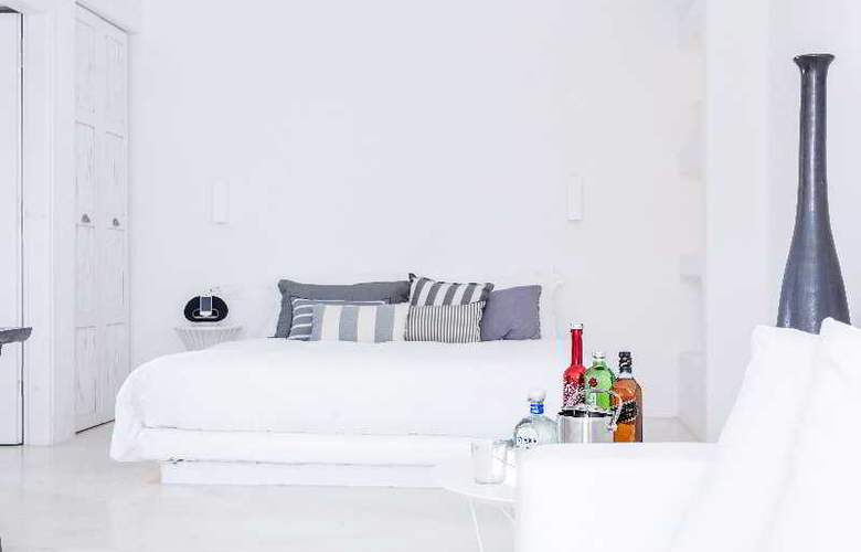 Ostraco Luxury Suites - Room - 12