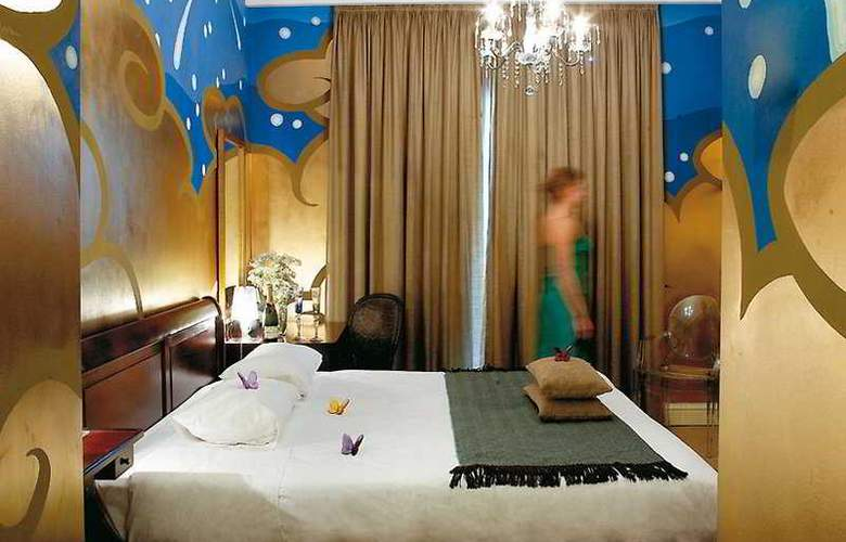 Classical Baby Grand Hotel - Room - 4