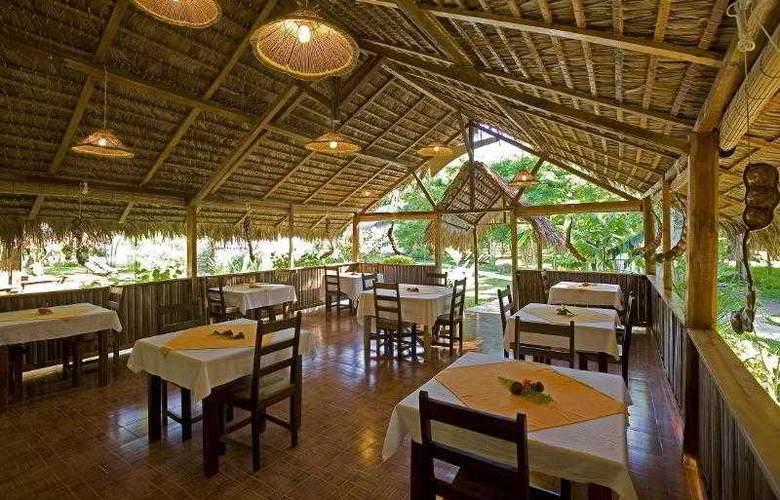 Kintana Beach Resort spa - Restaurant - 14