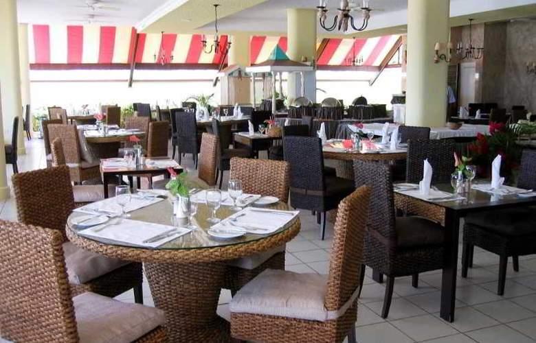 Royal by Rex Resorts - Restaurant - 29