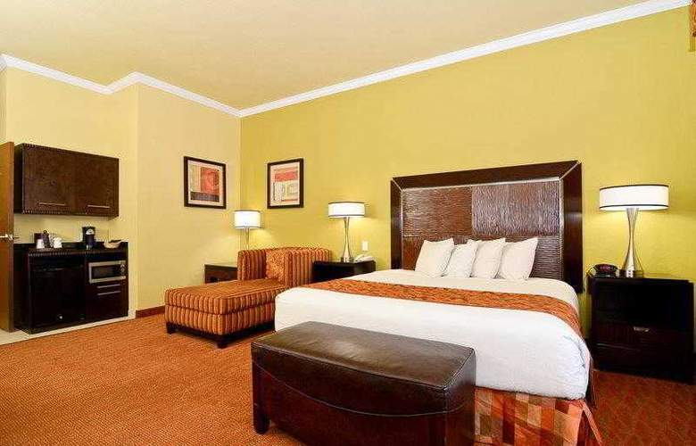 Best Western Plus Christopher Inn & Suites - Hotel - 26