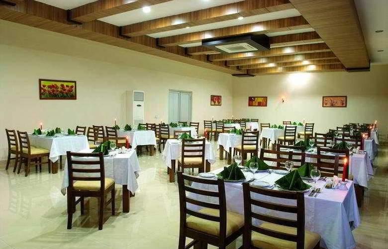 Laphetos Beach Resort & Spa - Restaurant - 9