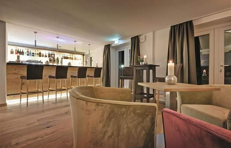 Best Western Hotel Obermühle - Bar - 4