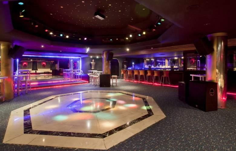 Adonis Hotel - Bar - 20