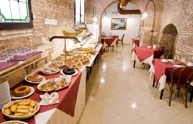 Exe Della Torre Argentina - Restaurant - 3