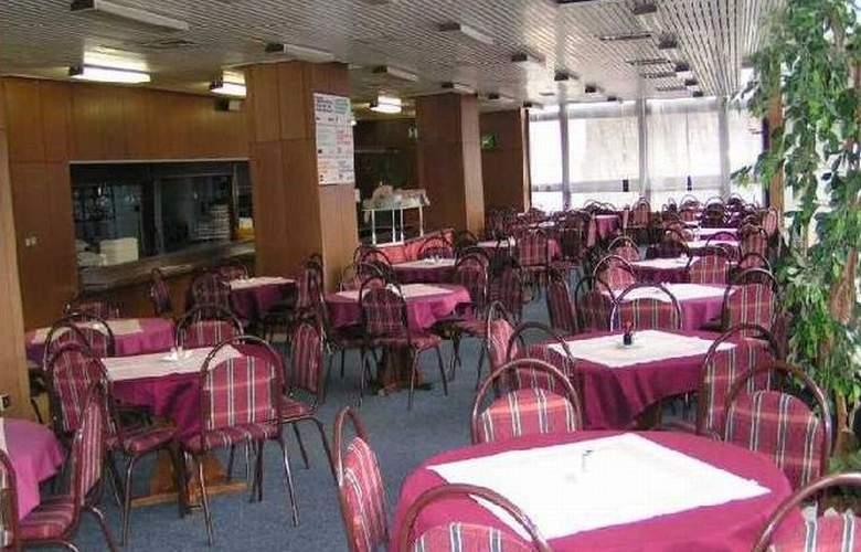 Krystal - Restaurant - 3