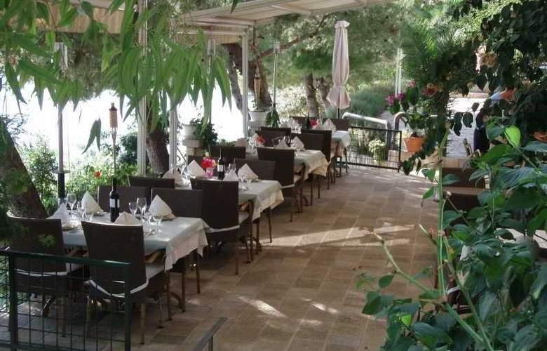 Villa Nova - Terrace - 4