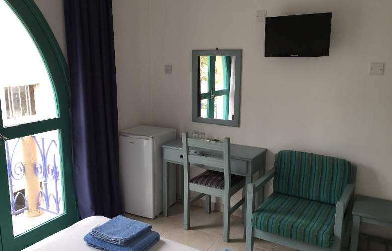 Axiothea Hotel - Room - 17