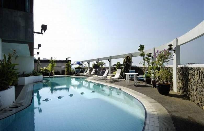 Berjaya Georgetown Hotel Penang - Pool - 18