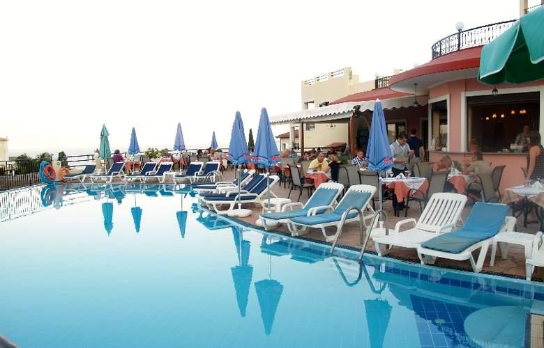 Pelagos Hotel - Pool - 1