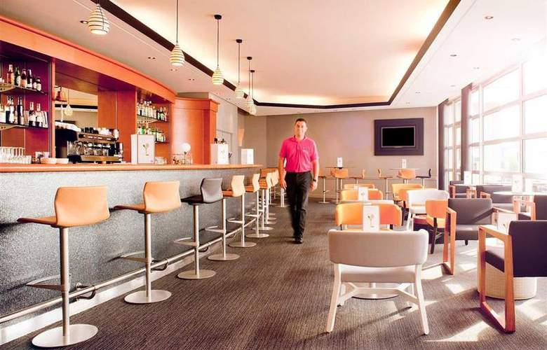 Novotel Saint Quentin Golf National - Bar - 83