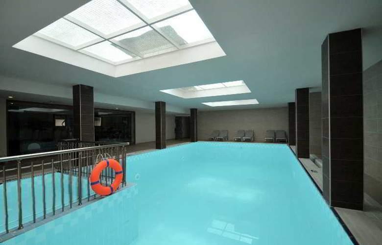 Pasabey Hotel - Pool - 6