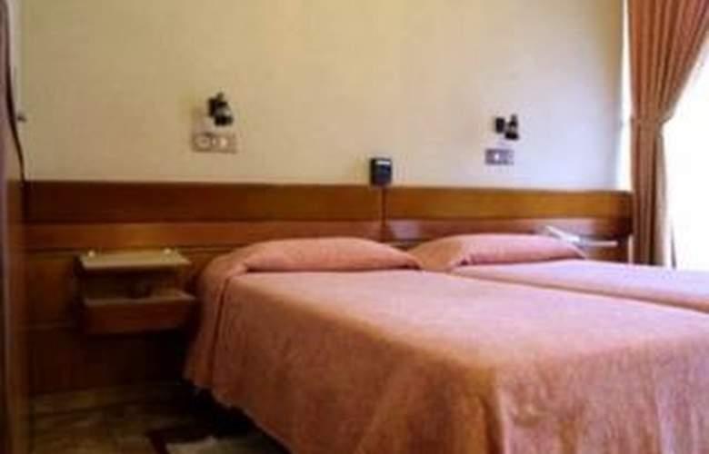 Canova - Room - 3