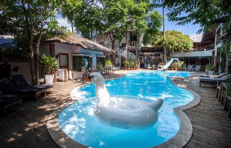 Tango Beach Resort, Koh Samui - Pool - 13