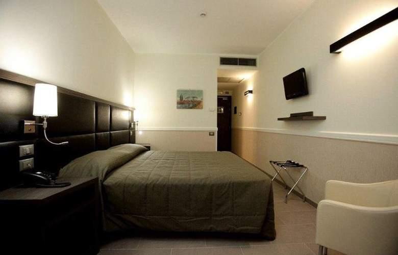 Artis - Room - 2
