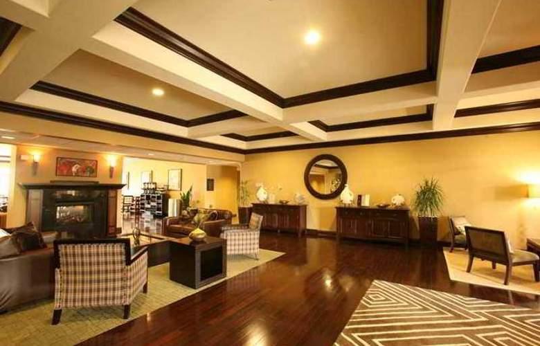 Homewood Suites by Hilton Louisville-East - Hotel - 1
