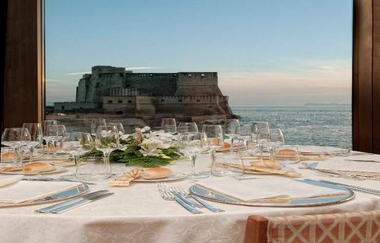 Royal Continental - Restaurant - 9