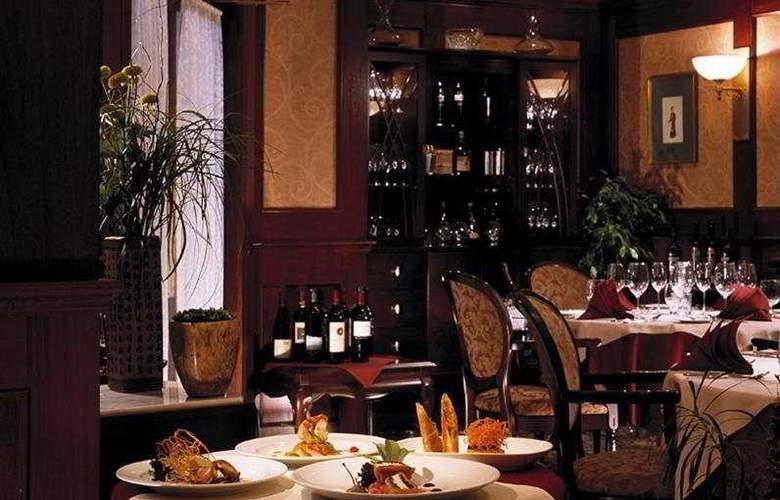 Grand Pacific - Restaurant - 8