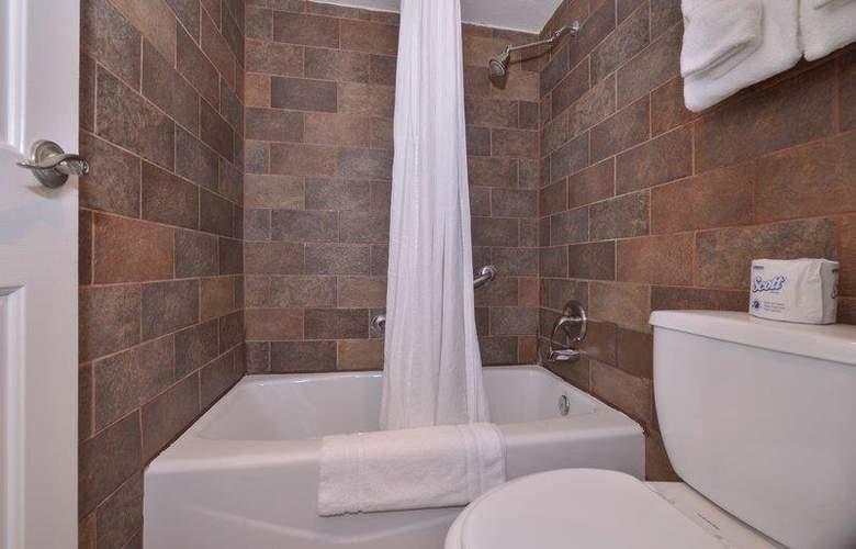 Best Western Plus Innsuites Phoenix Hotel & Suites - Room - 63