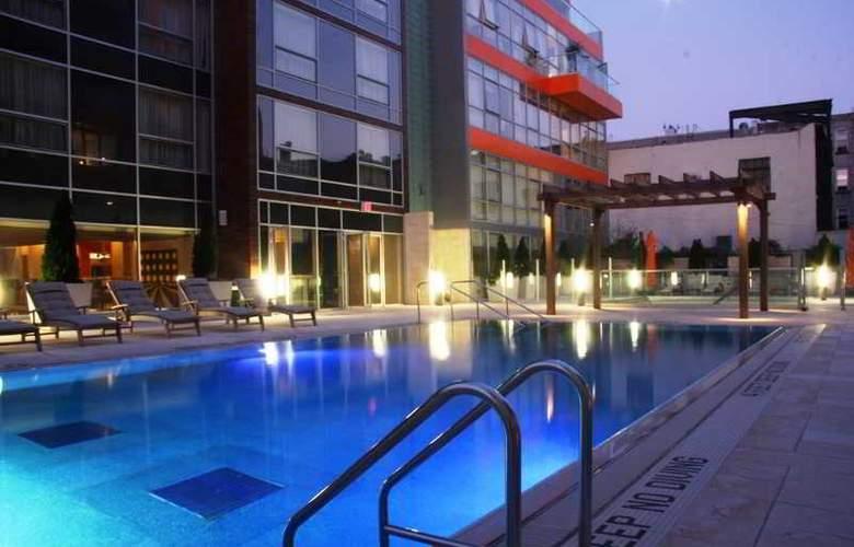 McCarren Hotel & Pool - Pool - 22