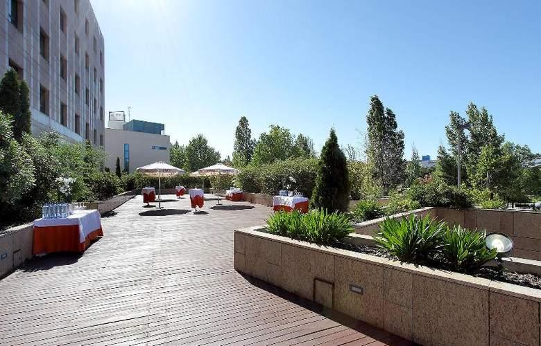 Eurostars Gran Madrid - Terrace - 39