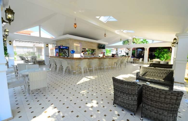 Club Keskin Hotel - Bar - 6