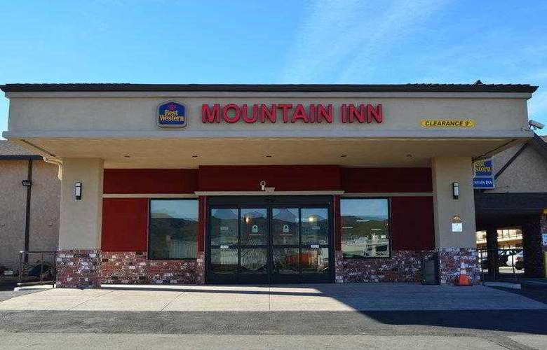 Best Western Mountain Inn - Hotel - 0