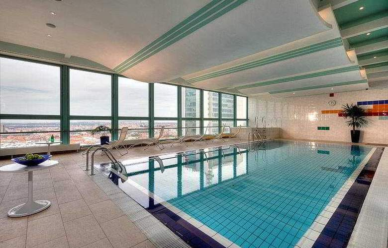 Panorama Prague - Pool - 1