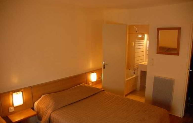 Inter-Hotel Au Chene Vert - Room - 1