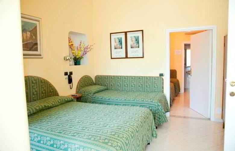 Hotel Carmencita - Room - 11