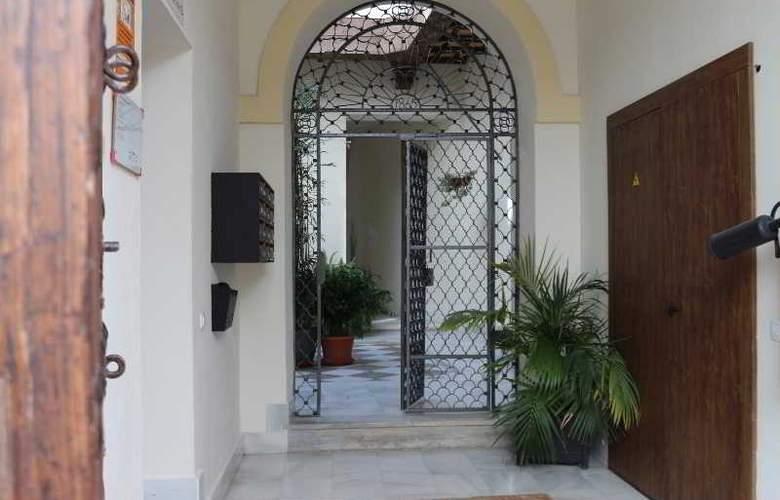 AT Palacio de Luja - General - 5