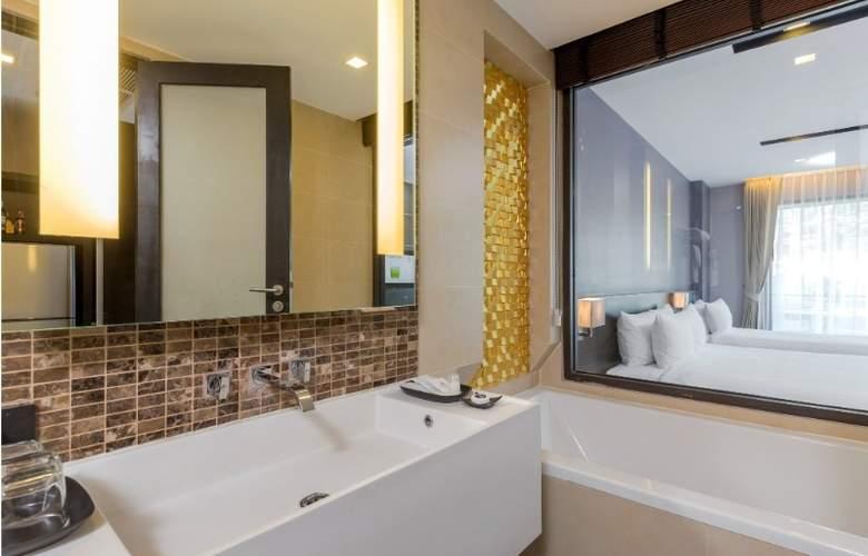 The Charm Resort Phuket - Room - 11
