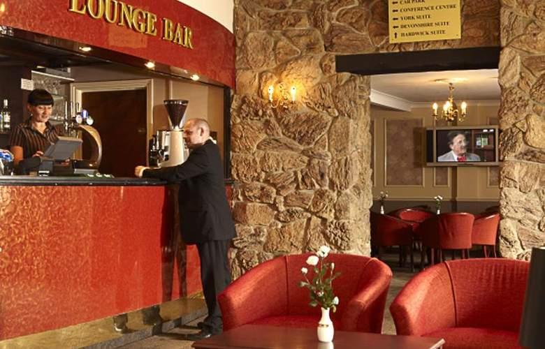 Smart Aston Court Hotel - Bar - 6