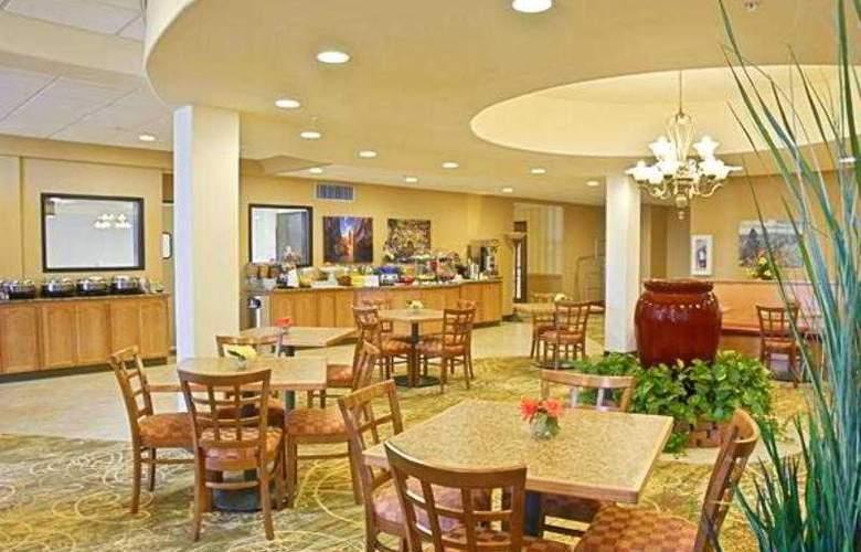 Tulip Inn Estarreja Hotel & Spa - Restaurant - 28