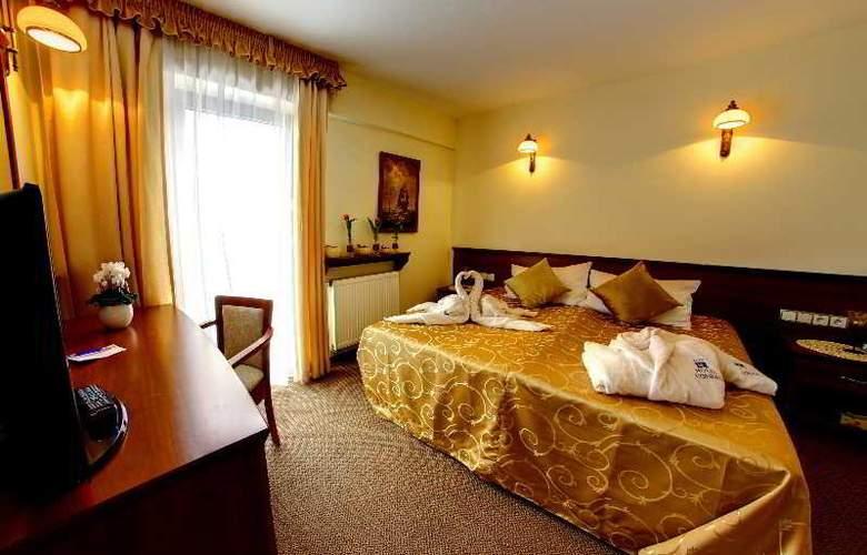 Conrad - Room - 11