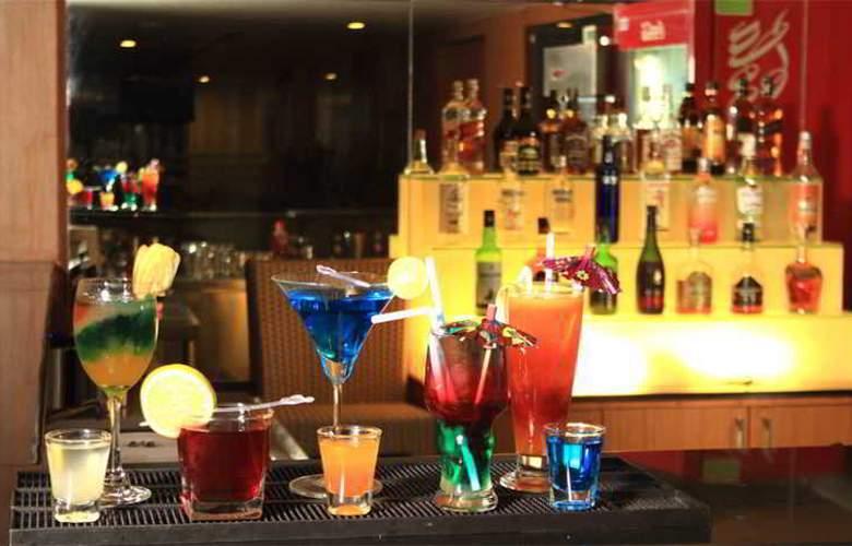Aurick Hotel - Bar - 1