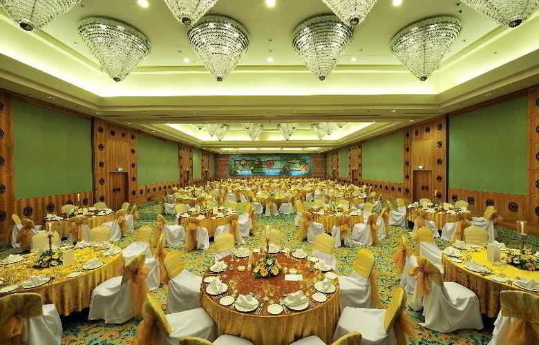 Gloria Verde Resort - Conference - 18