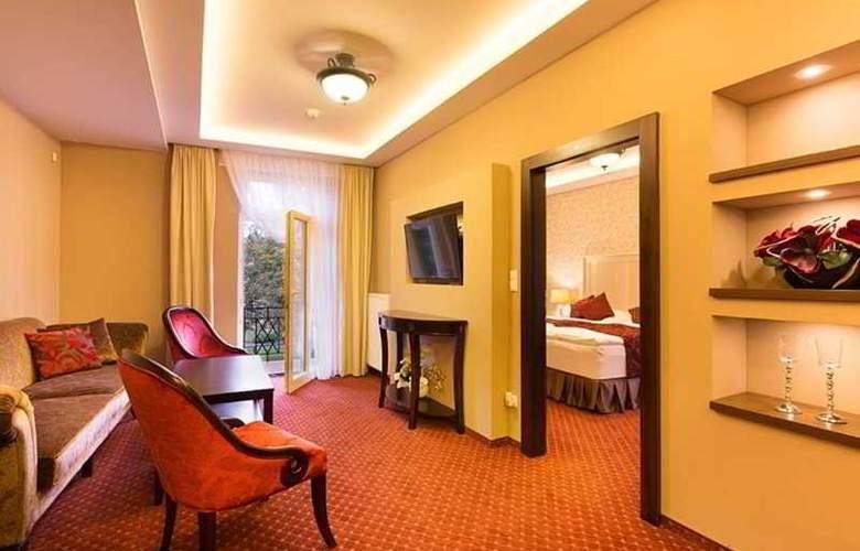 Dvorana Hotel - Room - 5